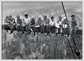 Zarámovaný plagát Lunch on a skyscraper